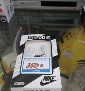 Наушники Nike новые