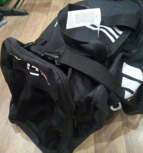 Дорожная спортивная сумка адидас