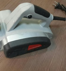 Электрорубанок Интерскол Р-82/710