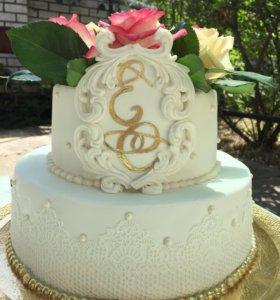 Свадебные торты, пряники , капкейки