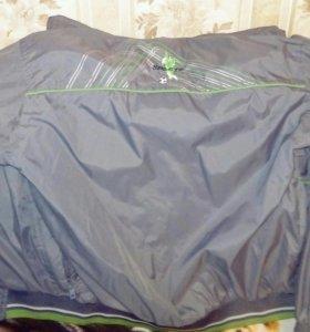 Куртка весенняя (ветровка)с капюшом, рост 152- 158