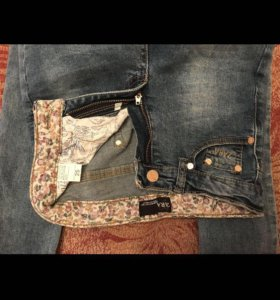 Абсолютно новые джинсы Zara