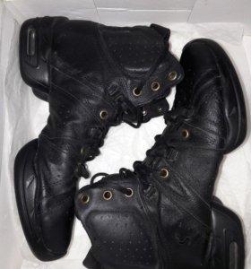 Кроссовки для танцев/черлидинга 37 размер