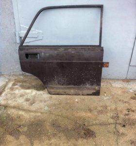 Задняя правая дверь ВАЗ 2105 - 2107