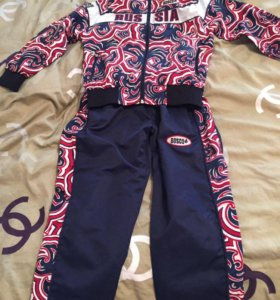 Спортивный кастюм