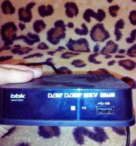 Цифровой телевизионный ресивер bbk