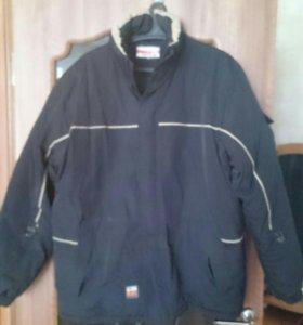 Продам куртку размер 56