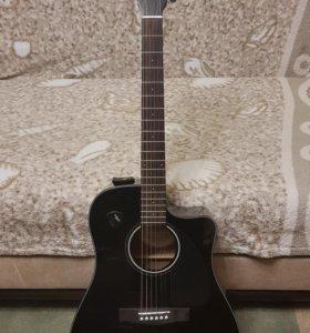 Продам Электро-акустическую гитару Fender CD-60CE