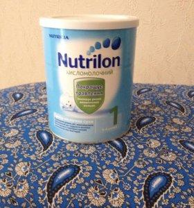 Смесь кисломолочный Нутрилон