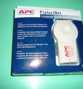 устройство защиты APC ProtectNet от импульсных помех линий Ethernet