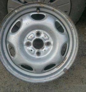 Штампованные диски Toyota