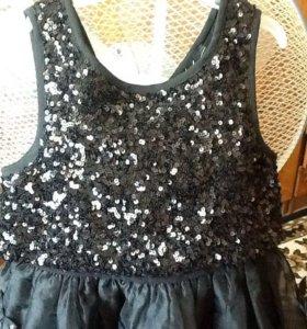 Платье спайетками