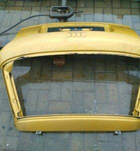 Крышка   багажника audi a3 8l.