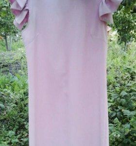 нежно-розовое платье