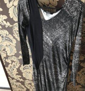 Платье apriori