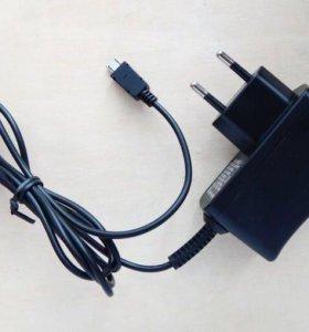 Зарядное устройство micro usb 0,7A