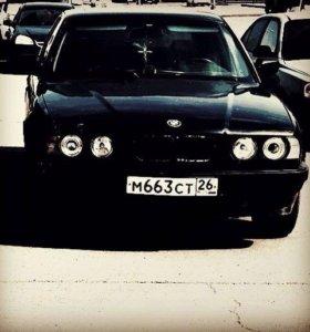БМВ 520 1990г