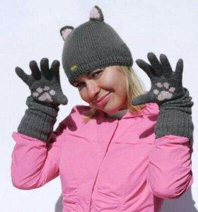 Шапка с ушками и перчатки с лапками