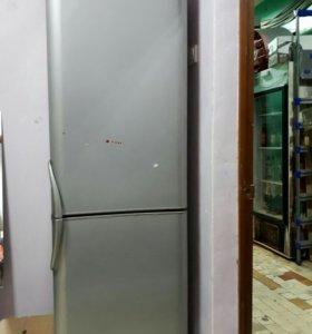 Холодильник indesit б/у двухкамерный
