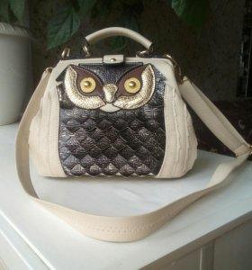 Красивая,стильная сумочка