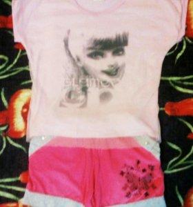 Продаю комплект, футболка(с 3D принтом) + шортики.