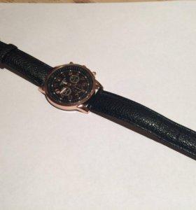 Женские часы новые