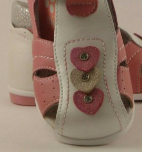 Новые сандалии 21-26размеры