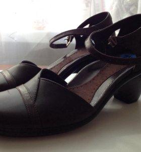 Туфли из натуральной кожи новые.