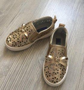 Туфельки (слипоны) для девочки