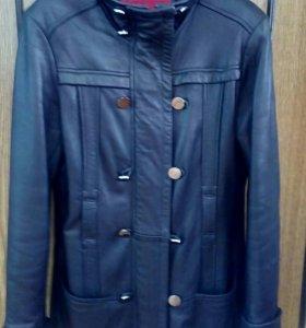 Куртки кожаные удлиненные