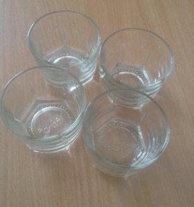 Небольшие стаканы