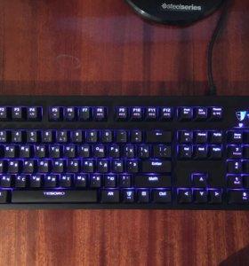 Механическя клавиатура TESORO EXCALIBUR