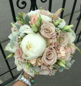 Букет невесты пионы + бутоньерка в подарок