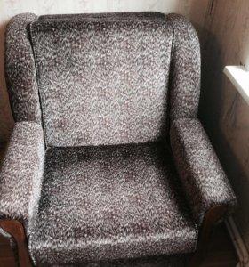 Диван кровать и 2 кресла кровать ( комплект )