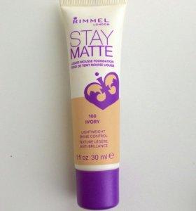Тональный крем Rimmel Stay Matte Foundation