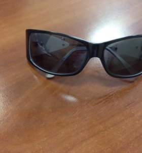 Солнцезащитные очки st. louise