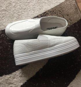 Обувь новая 38-39 р-р