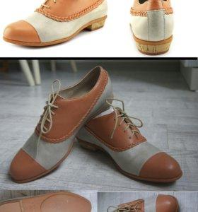 Новые кожаные ботинки 38 размер