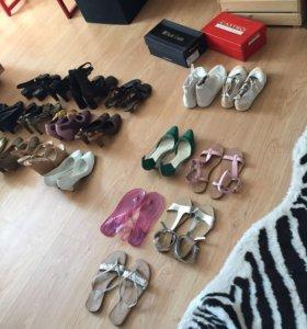 Туфли, кроссовки, кеды, босоножки, ботильоны.