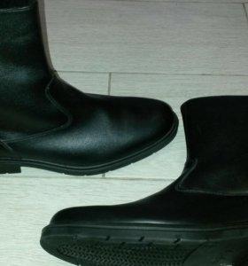 Ботинки новые  военные