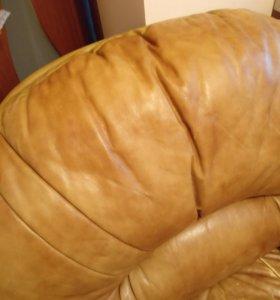 Кресла из натуральной кожи