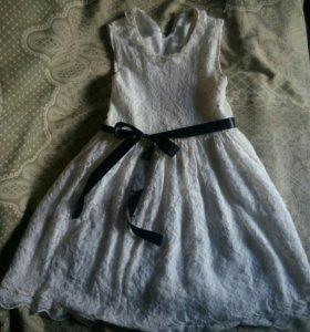 Кружевное платье для девочки 6-8 лет