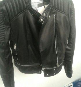 Куртка женская новая( s)