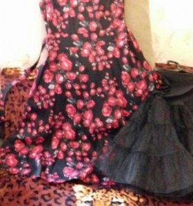 Платье с подьюбником р. 46-48