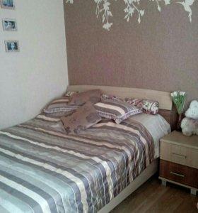Кровать двуспальная+матрас