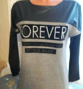 Джемпер свитер новый стильный