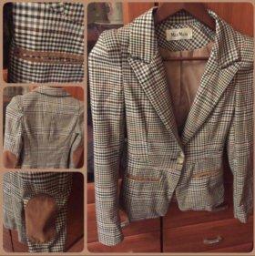 Пиджак MaxMara.