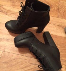 ботильоны (ботинки, туфли)