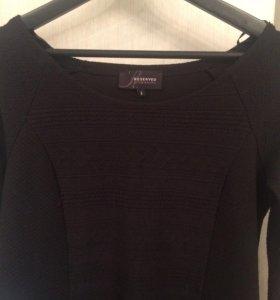 платье чёрное облегающее