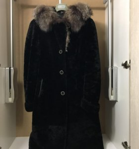 Шуба с капюшоном; мутон + воротник:чернобурка ТОРГ